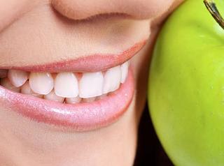 Tips Cara Membersihkan Karang Gigi Secara Alami Sendiri