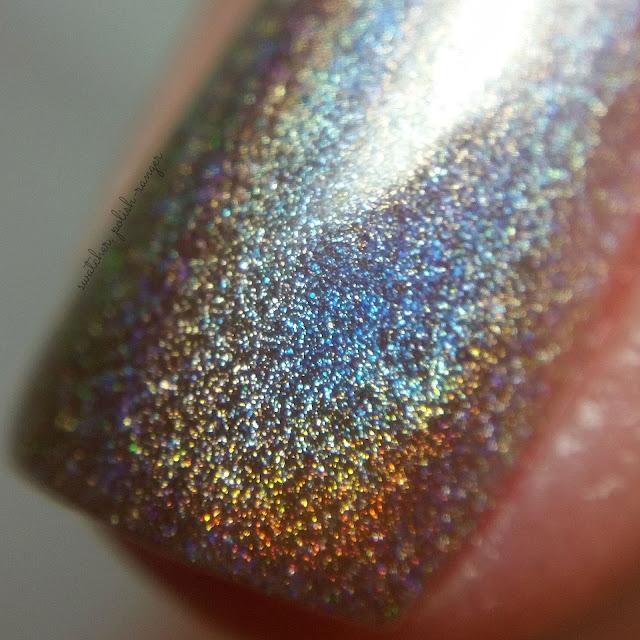 swatcher, polish-ranger | Glisten & Glow Silver Streak macro