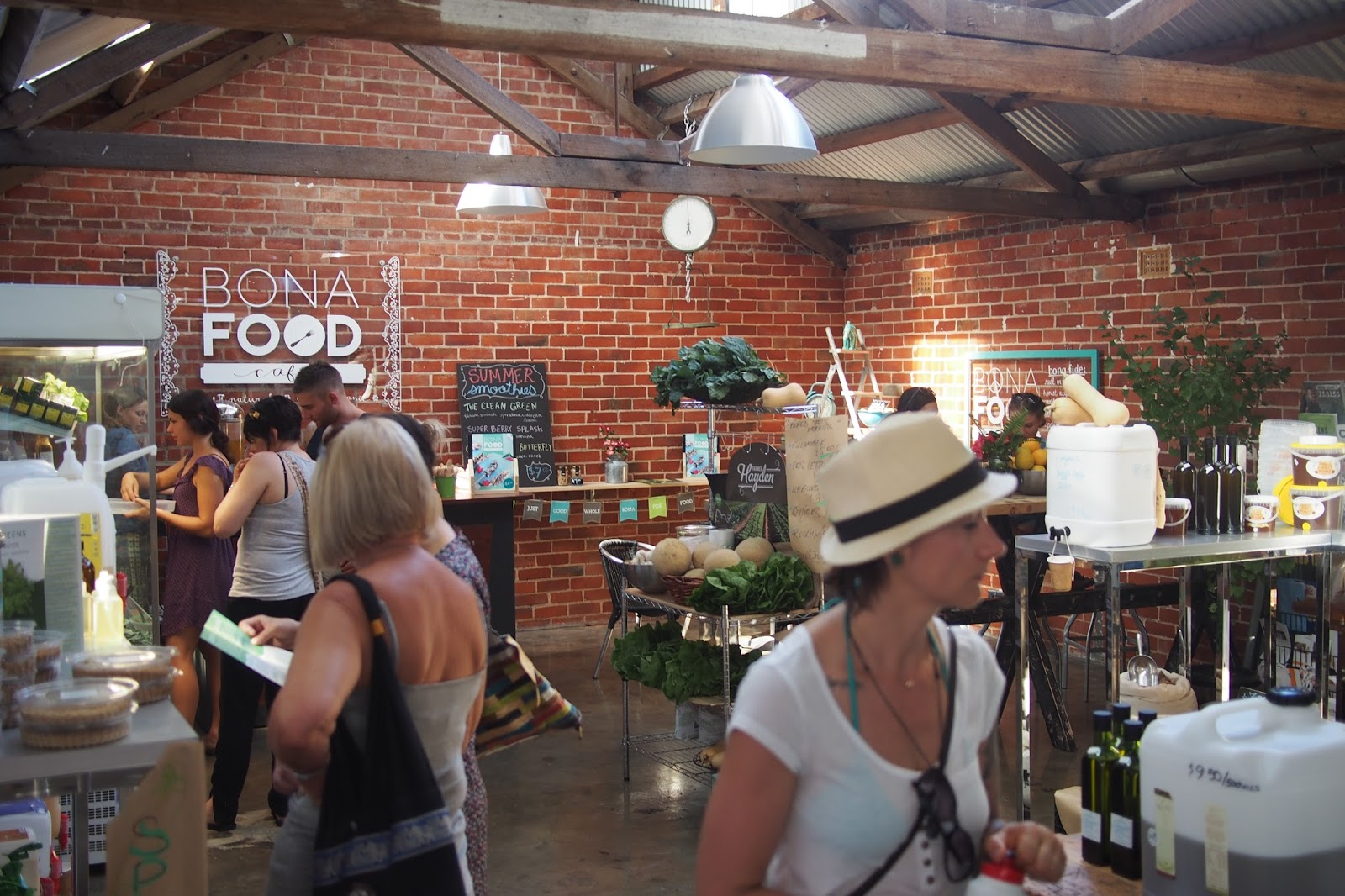 Adelaide, Market Shed On Holland, Farmers Market, Bona Food