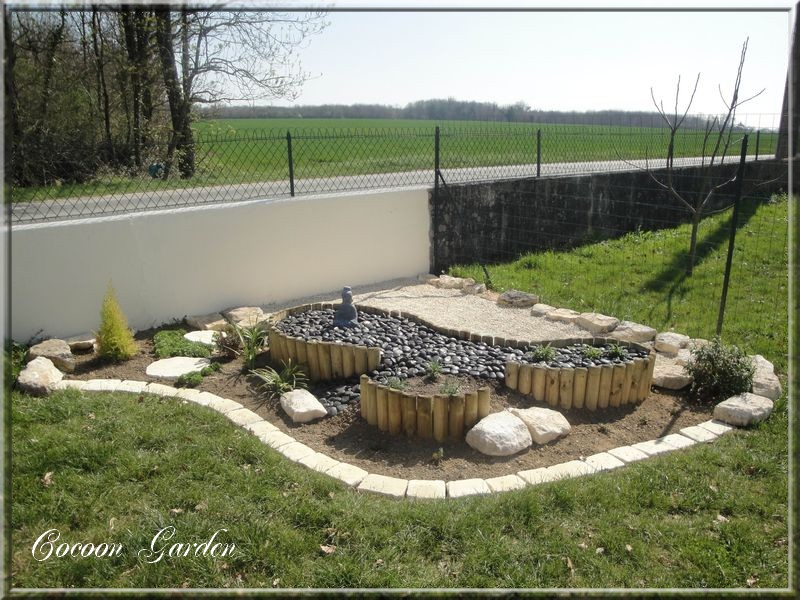 Cocoon garden massif sur lev 2 for Vinaigre blanc dans fosse septique