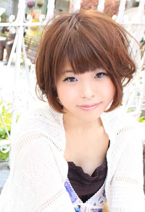Hairstyles: Short Asian Hairstyles for Women