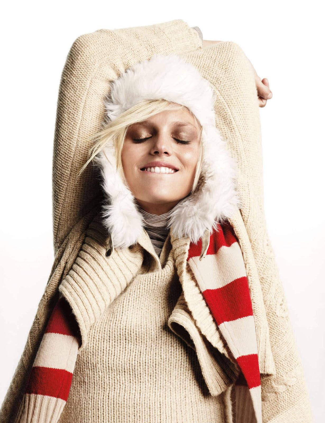 http://3.bp.blogspot.com/-f1XlIZeK5mY/UBX0vNv1QDI/AAAAAAAAF8k/iZWra4Qd57Y/s1600/Anja-Rubik-Smile-Photoshoot.jpg