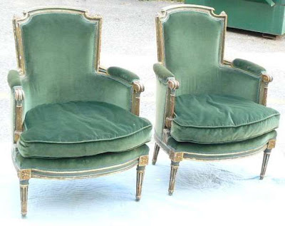 green accent chairs living room
