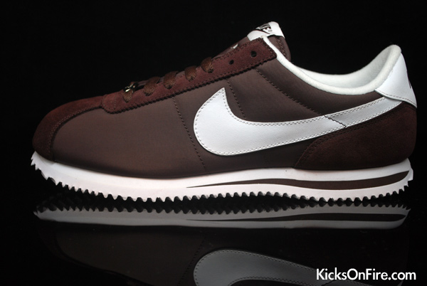 brown nike cortez
