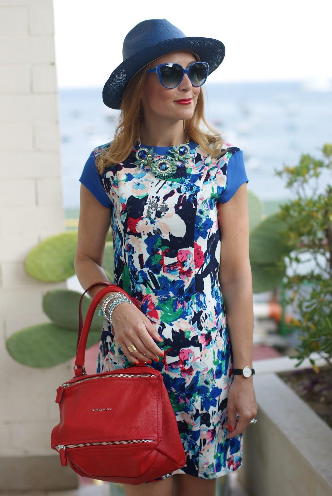 Mismash Ela dress and Givenchy Pandora bag on Fashion and Cookies fashion blog