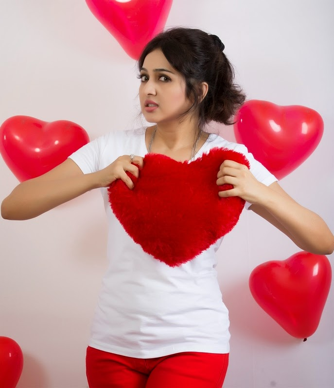 Actress Aavaana Valentines Day 2015 Photos