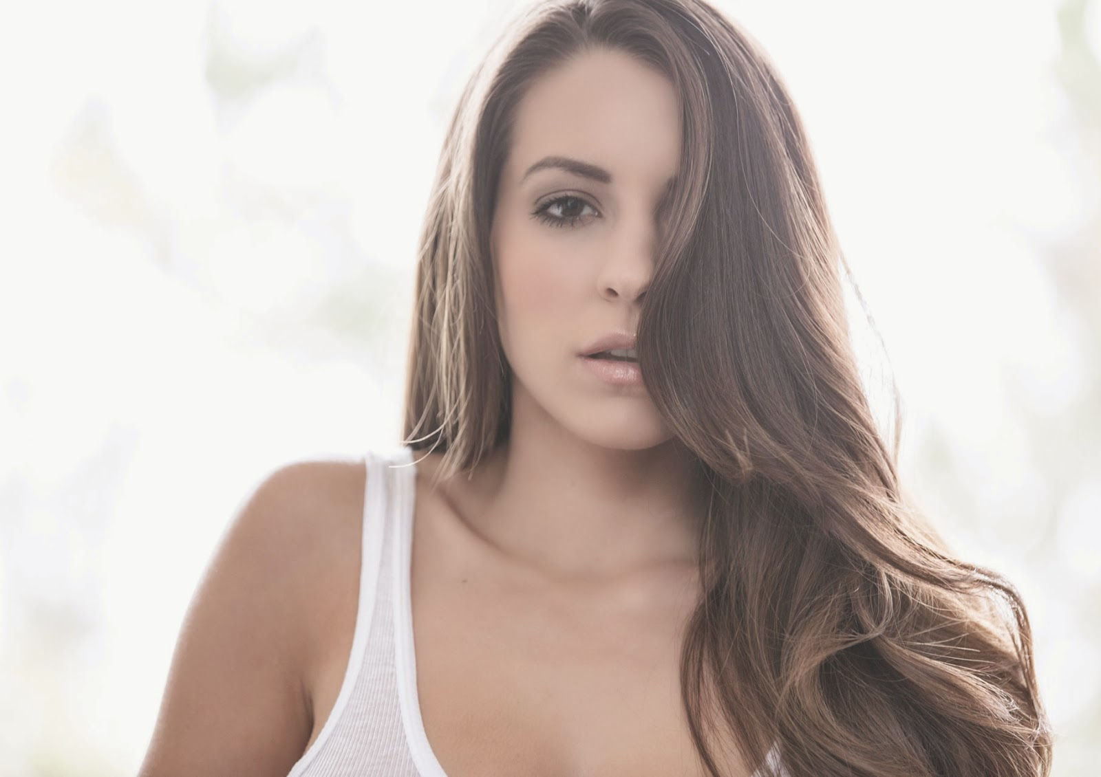 Shelby Chesnes Nude Photos 60