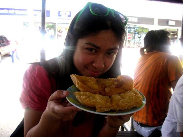 Nines vs. Food - Fariñas Ilocos Empanada-1.jpg
