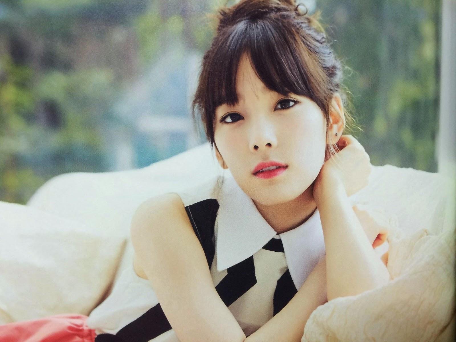SNSD Taeyeon (태연; テヨン) Girls Generation The Best Scan Photos 7