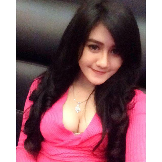Foto Foto Seksi Hot Selfie Putri Bella Koleksi Ig Selfie Hot Merah