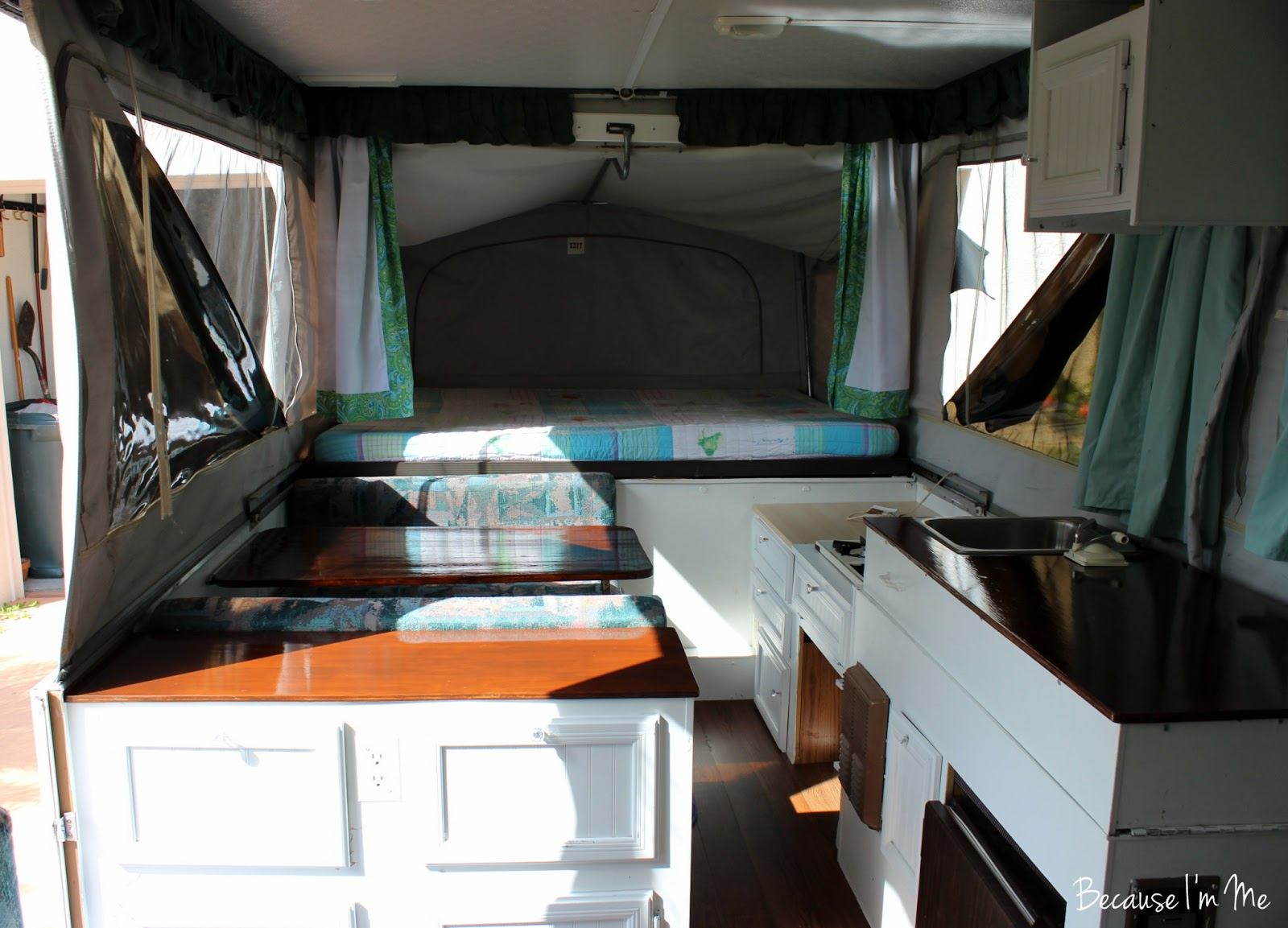 Popup camper with bathroom