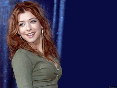 Hollywood Actress Alyson Hannigan Wallpaper