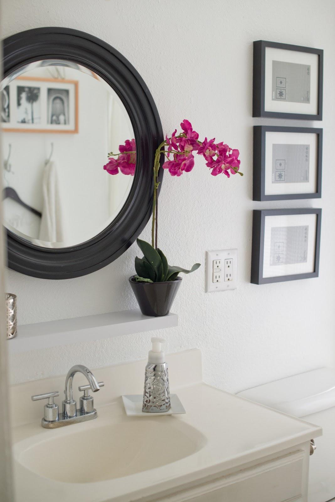Domestic Fashionista: Adding Black Contrast to a White Bathroom