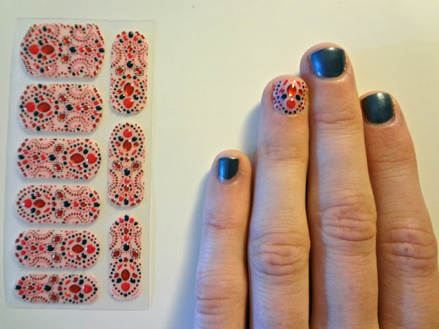 Revlon by Marchesa 3D Jewel Appliqués, accent nail, China Glaze, Kiss My Glass, 3D Nail Art