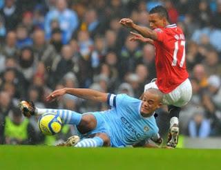 Prediksi Skor Akhir Pertandingan Manchester City vs Manchester United Liga Inggris 2012