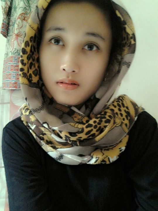 indonesia girl hijab nude