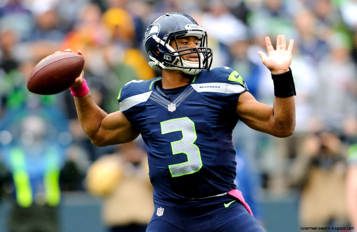 Russell Wilson Nfl Player Wallpaper Size 1600x1065  AmazingPict