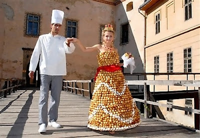 20 Creative and Unusual Dresses (20) 15