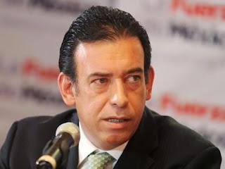 México: un caso de corrupción obliga a renunciar al presidente del PRI