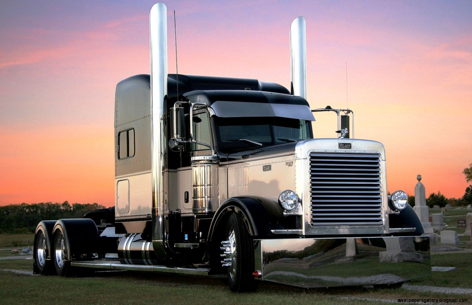 used peterbilt trucks wallpapers gallery. Black Bedroom Furniture Sets. Home Design Ideas