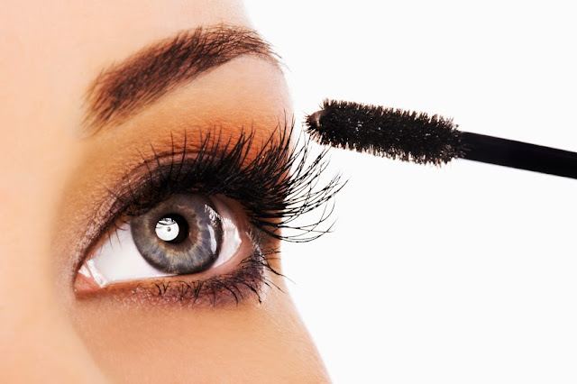 Mascara 101 for women by barbies beauyt bits