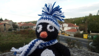 Pingüino amigurumi