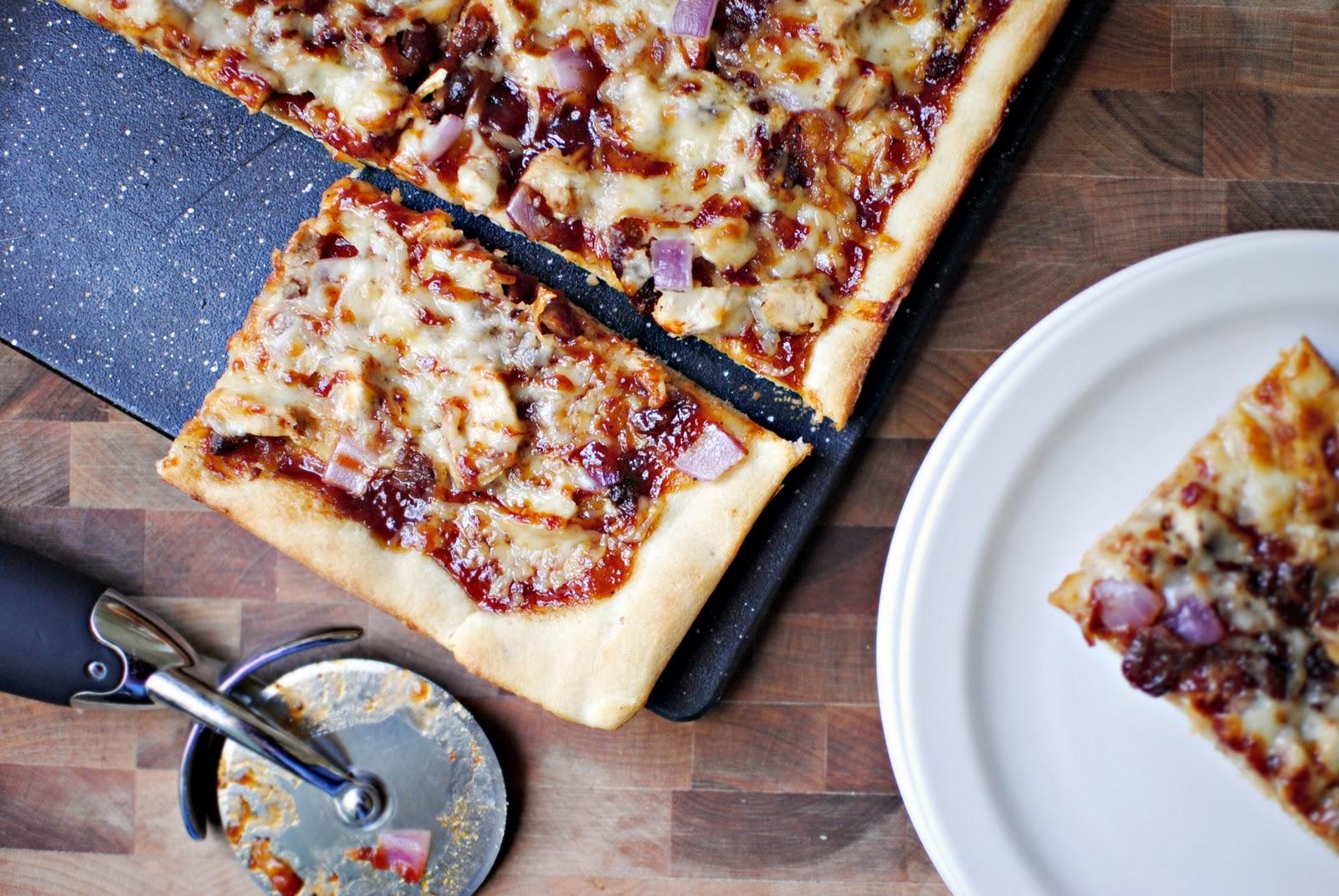 Обычная пицца в домашних условиях