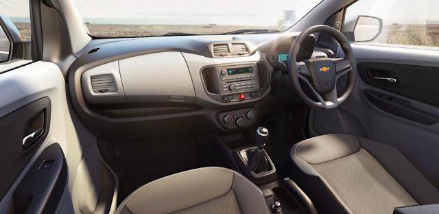 interior Chevrolet Spin premium