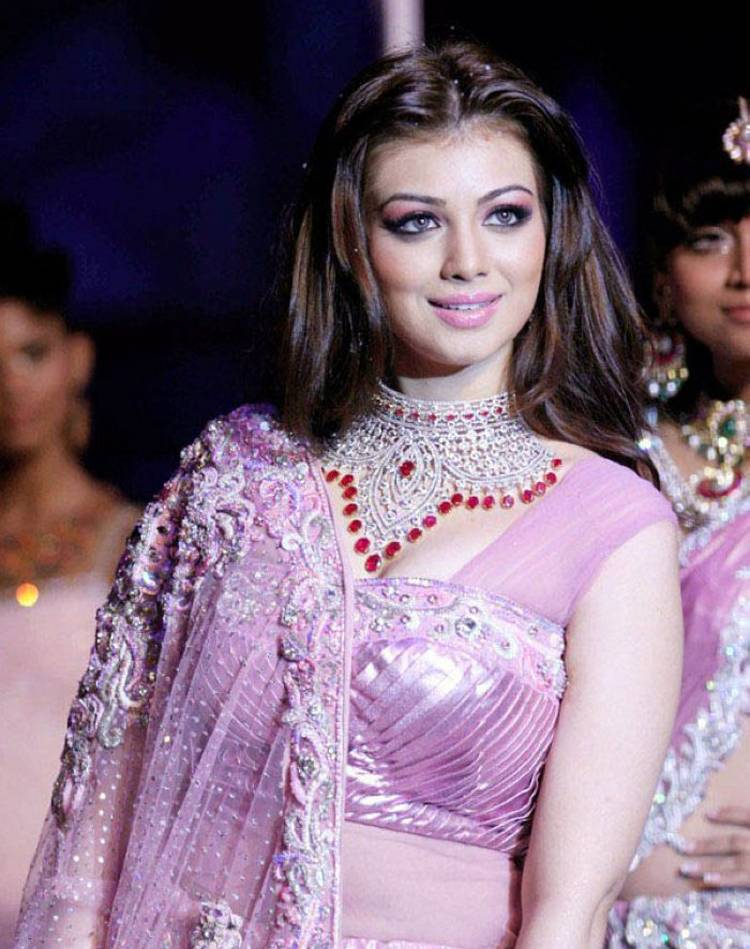 Shine Ayesha takia actress that can