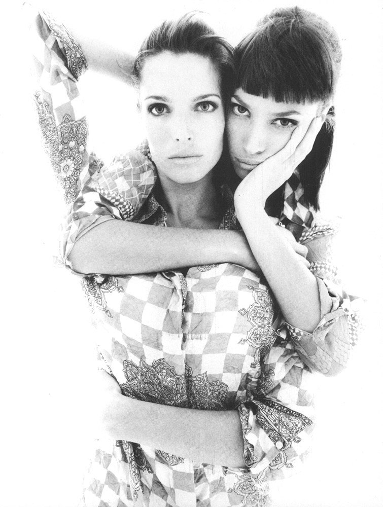 Stephanie Seymour & Christy Turlington for Atelier Versace Spring/Summer 1994 campaign | Vogue Italia March 1994 (photography: Steven Meisel)
