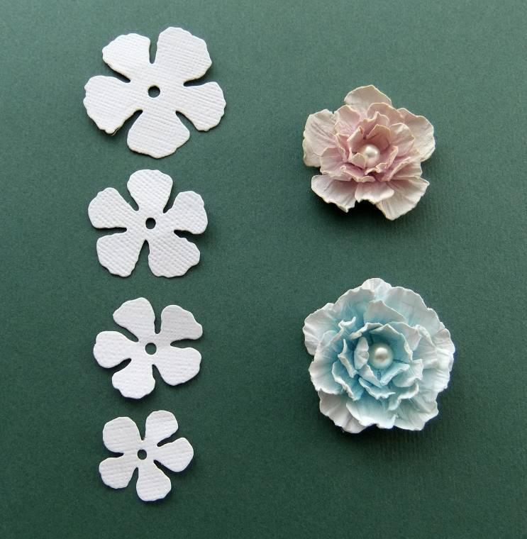 Бумажные цветы своими руками для открыток