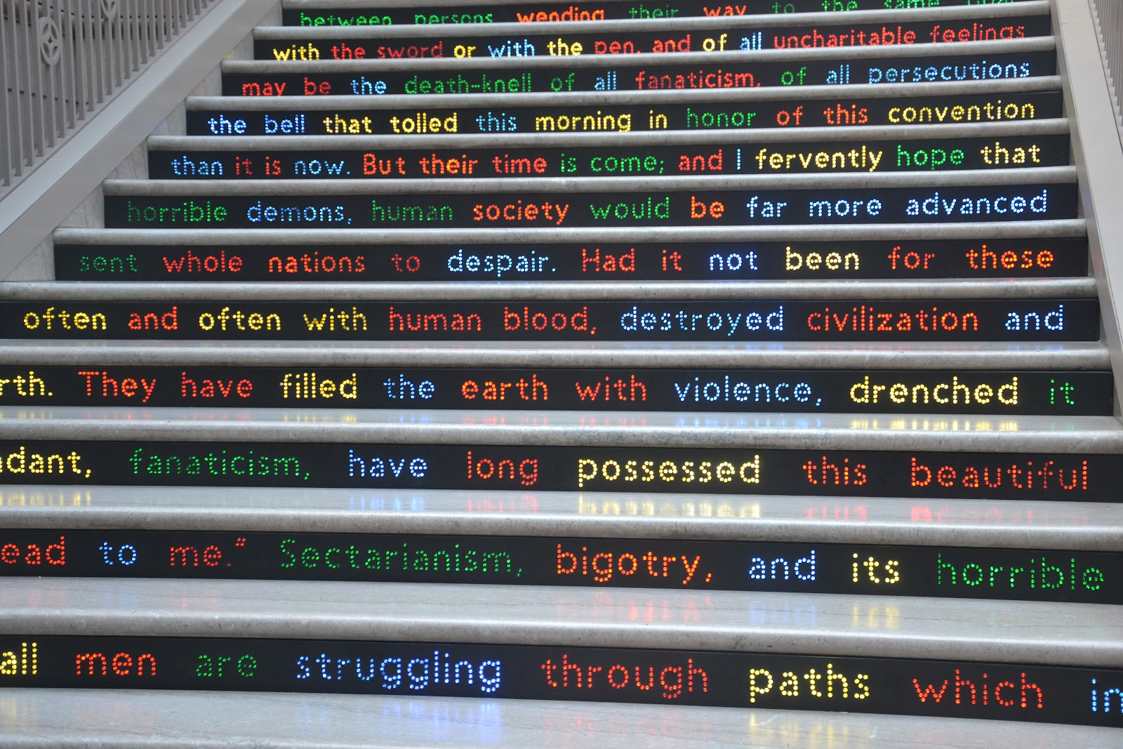 Escaleras con arte DSC_0775
