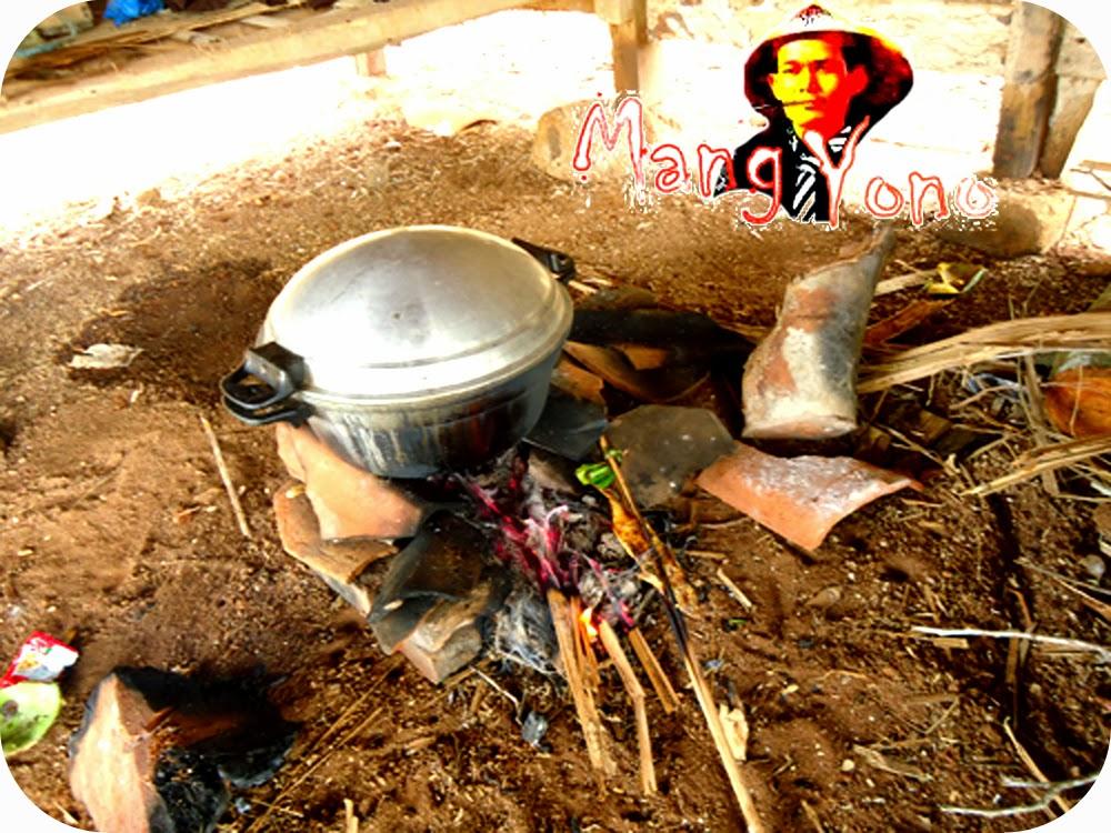 Cara Membuat Nasi Liwet khas Sunda di Saung Sawah