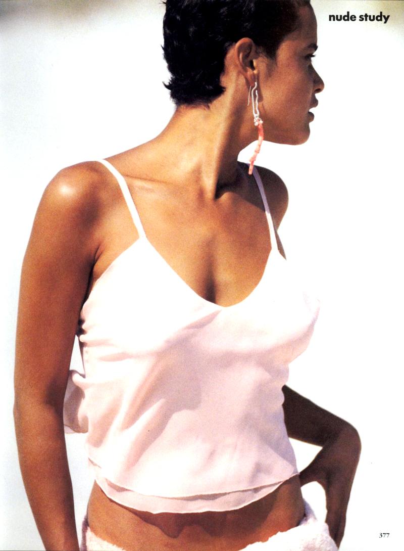 Nadege Du Bospertus in Nude Study editorial | Vogue US November 1989 (photography: Peter Lindbergh,  styling: Grace Coddington)