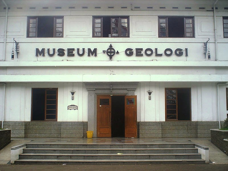 Sejarah Berdiri Museum Geologi Bandung
