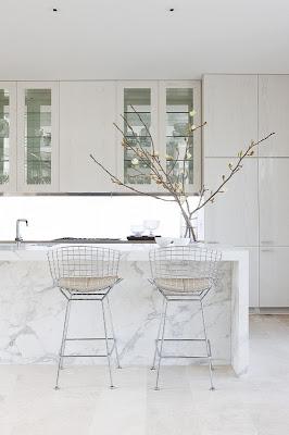 white kitchen :)