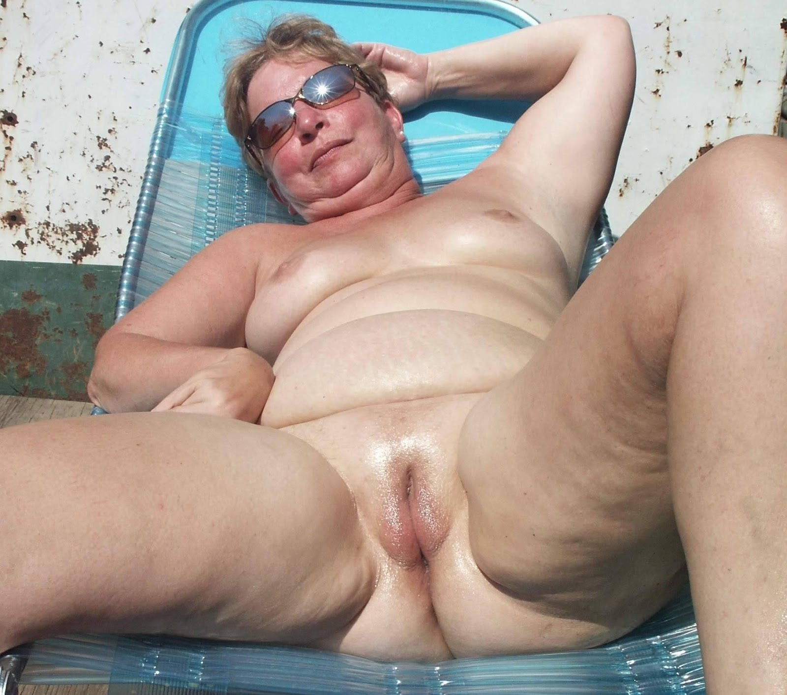 old lady ass nudes