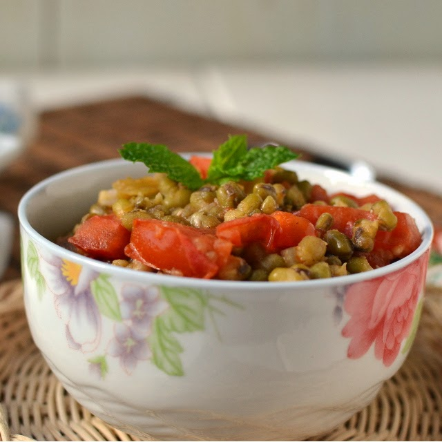 Philippines -- Guinisang Mongo (Mung Beans & Tomato)