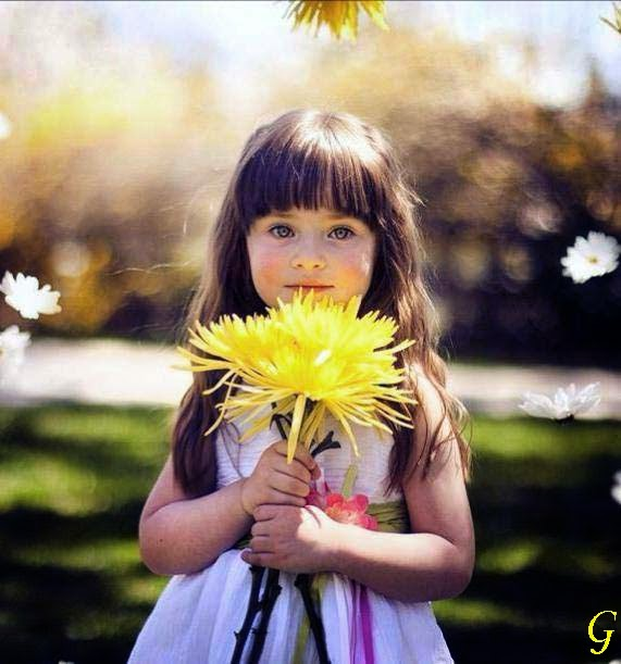 Babies Pictures With Flowers Baby Wallpapers