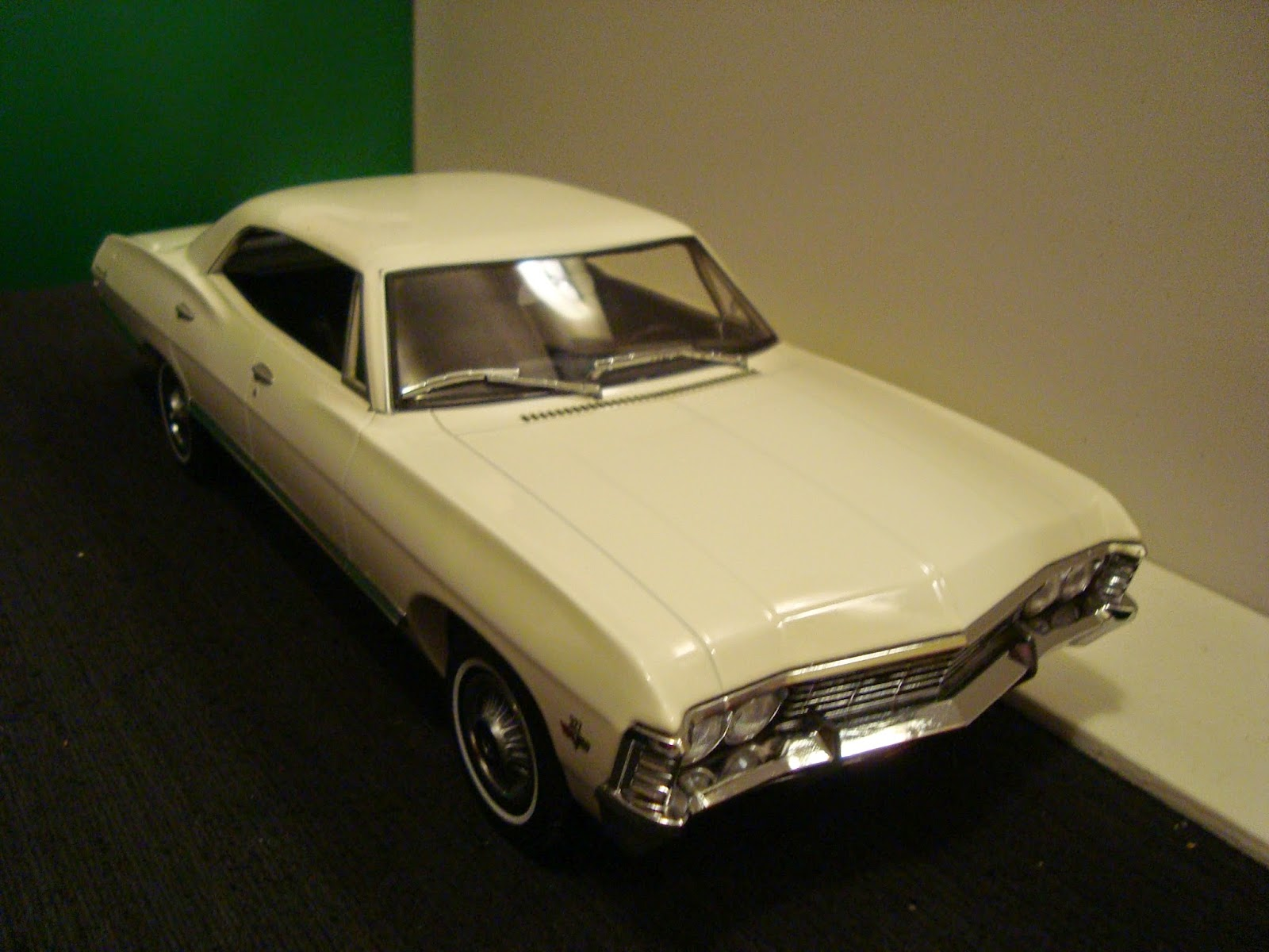 Diecast american car nutz 1967 chevrolet impala ss 1967 chevy impala ss four door supernatural black and stock white by greenlight diecast publicscrutiny Choice Image