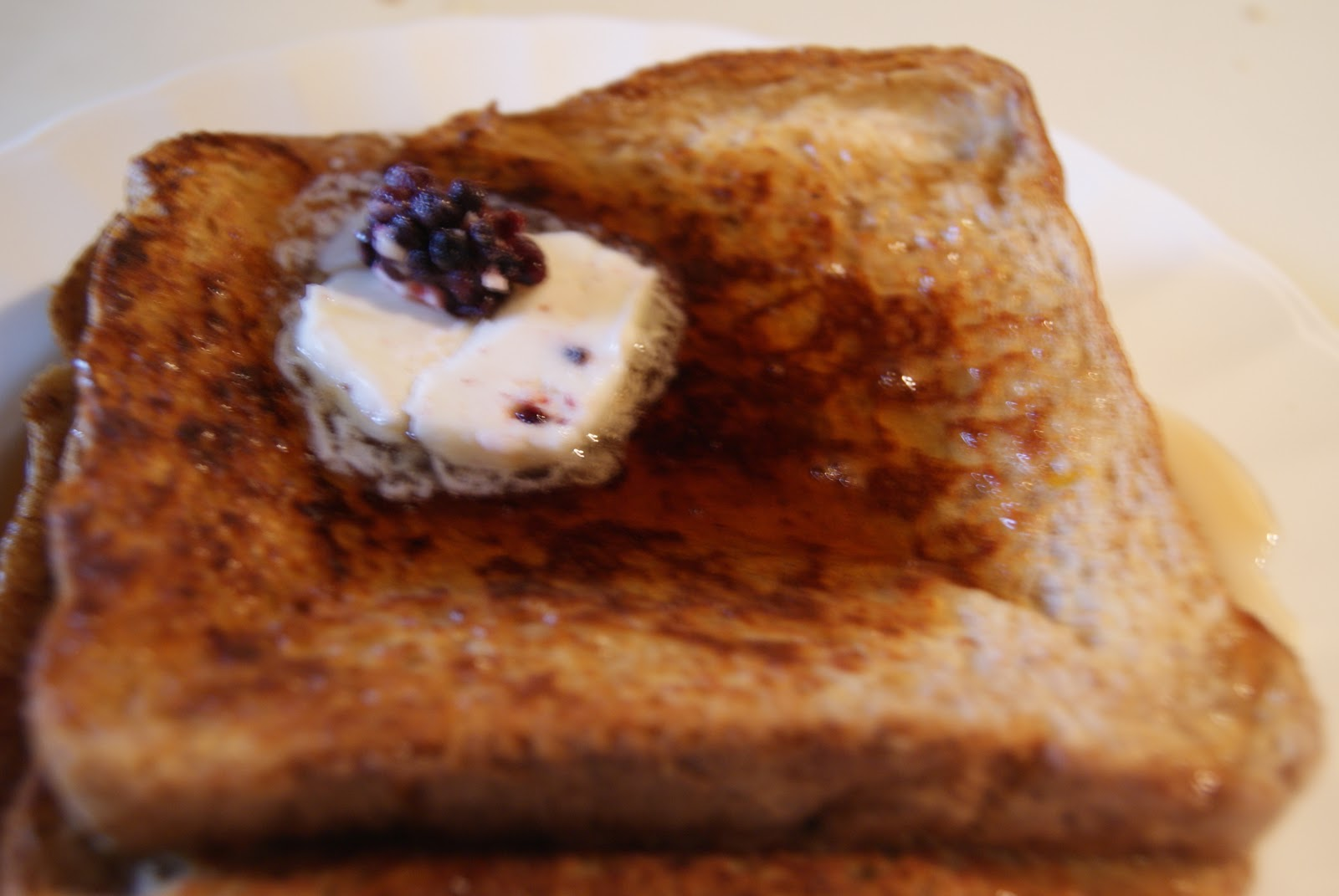 Recipes from a Girl: French Toast with Berry Butter