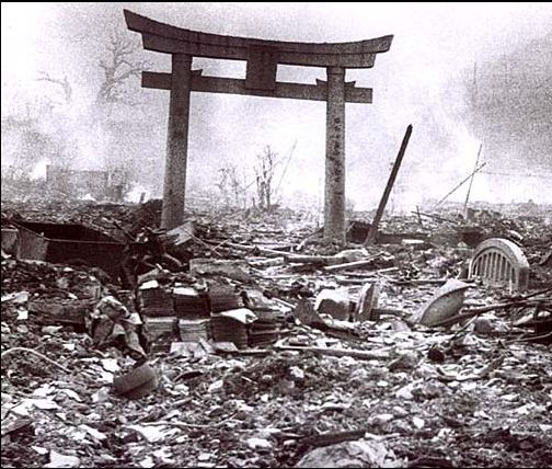 hiroshima and nagasaki essay Hiroshima underwent the massacre due to the weapon titled 'little boy' on the 6th of august whereas the 'fat man' was dropped on nagasaki three days later.