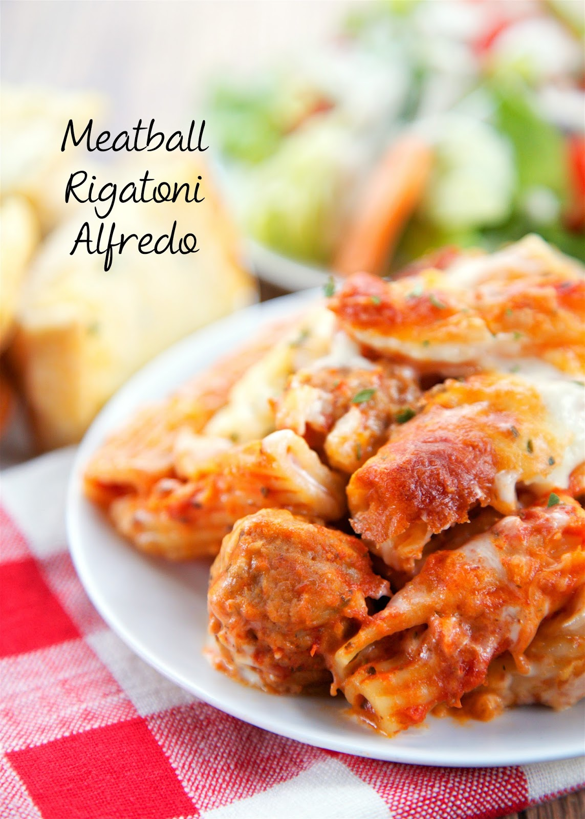 Meatball Rigatoni Alfredo - AMAZING! So simple to make - only 5 ingredients. Can make ahead and freeze for later. Meatballs, rigatoni, spaghetti sauce, Alfredo sauce and mozzarella cheese. The creamy Alfredo sauce puts this dish over the top! All you need is a side salad and some crust garlic bread to complete this easy weeknight meal.