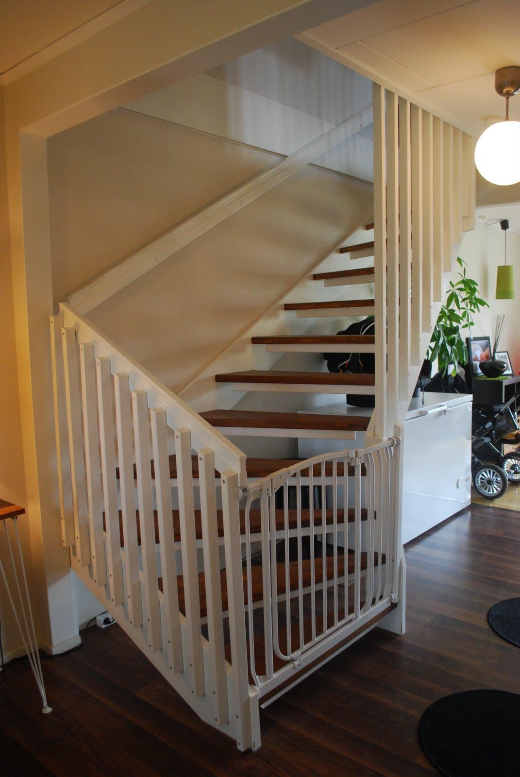 Hanna   vardag på södra maranvägen: barnsäkrat trappen