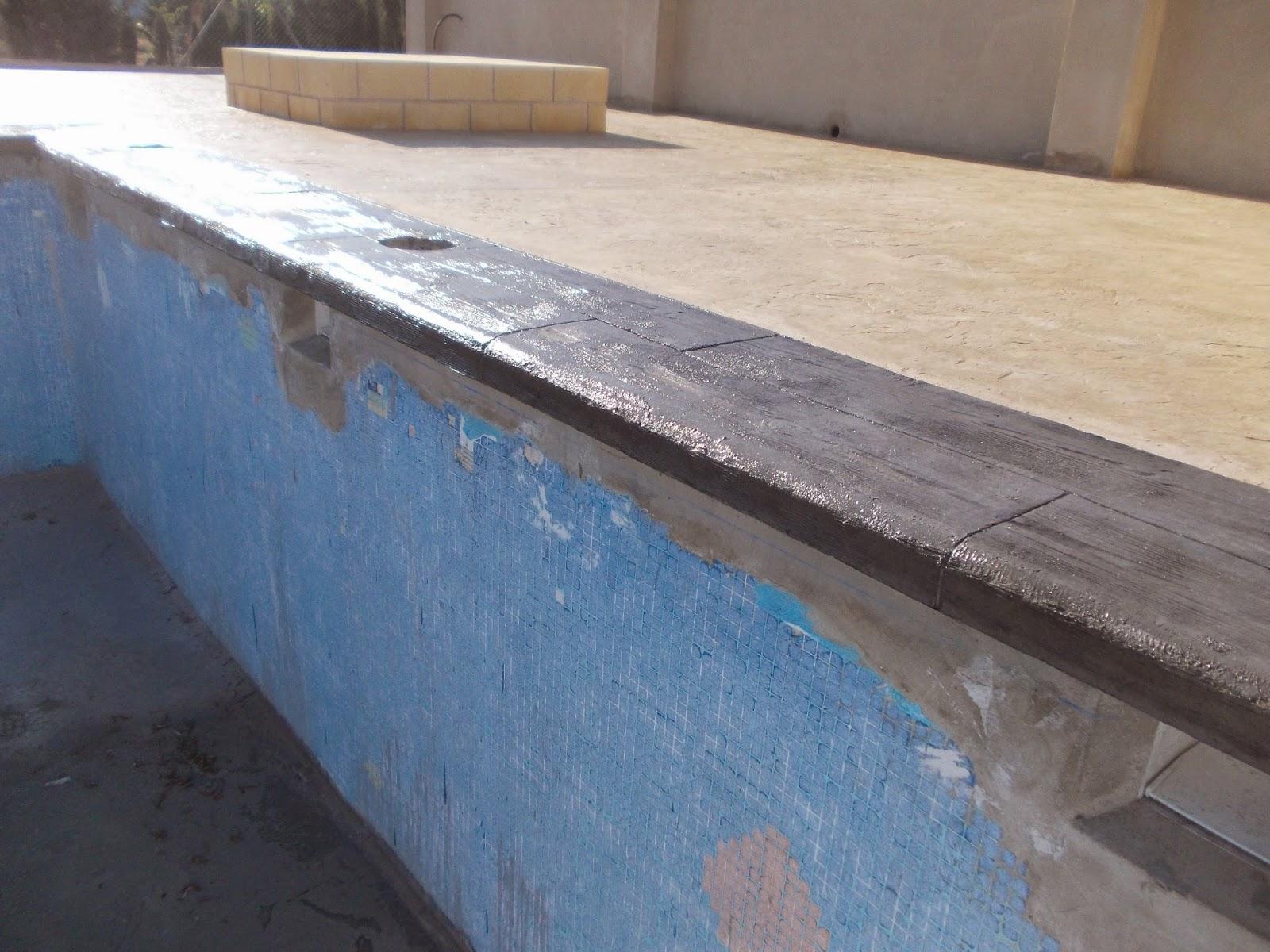 Piedra coronaci n de piscina con hormig n impreso pavimentos continuos de hormig n hormig n - Coronacion de piscinas precios ...