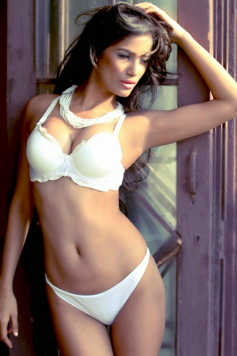 Poonam Pandey in White Bikini hd wallpapers