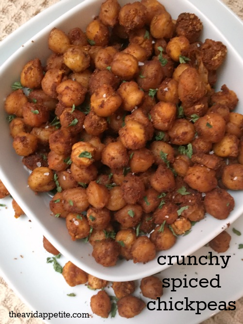 Featured Recipe | Crunchy Spiced Chickpeas from The Avid Appetite #recipe #SecretRecipeClub #snack #healthy #vegan