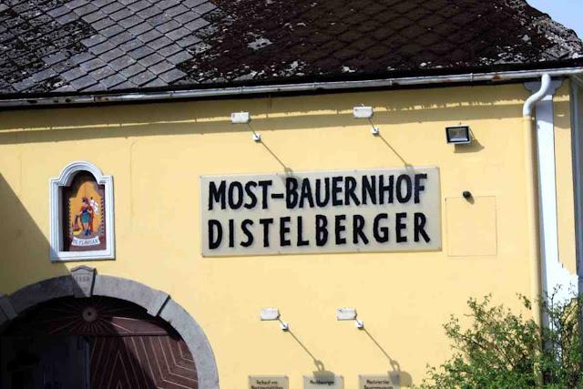 Der Most-Bauernhof Distelberger © Copyright Monika Fuchs, TravelWorldOnline