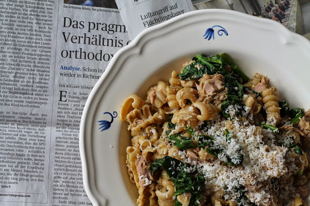 Clean Eating / Spinat Bärlauch Rezept mit Thunfisch und Nudel / #svetlanakocht