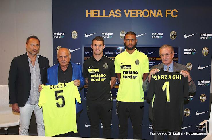 Hellas-Verona-15-16-Kits%2B%25286%2529.j